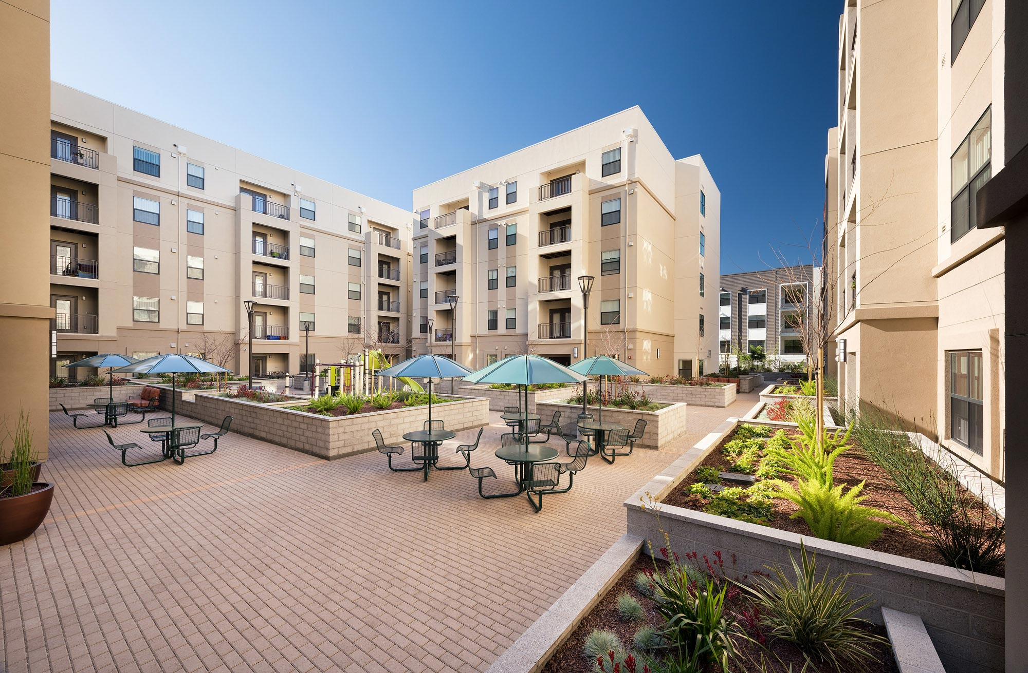 Alta Mira Apartments in Hayward California